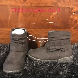 Brand new with tags toddler size 8 girls boots